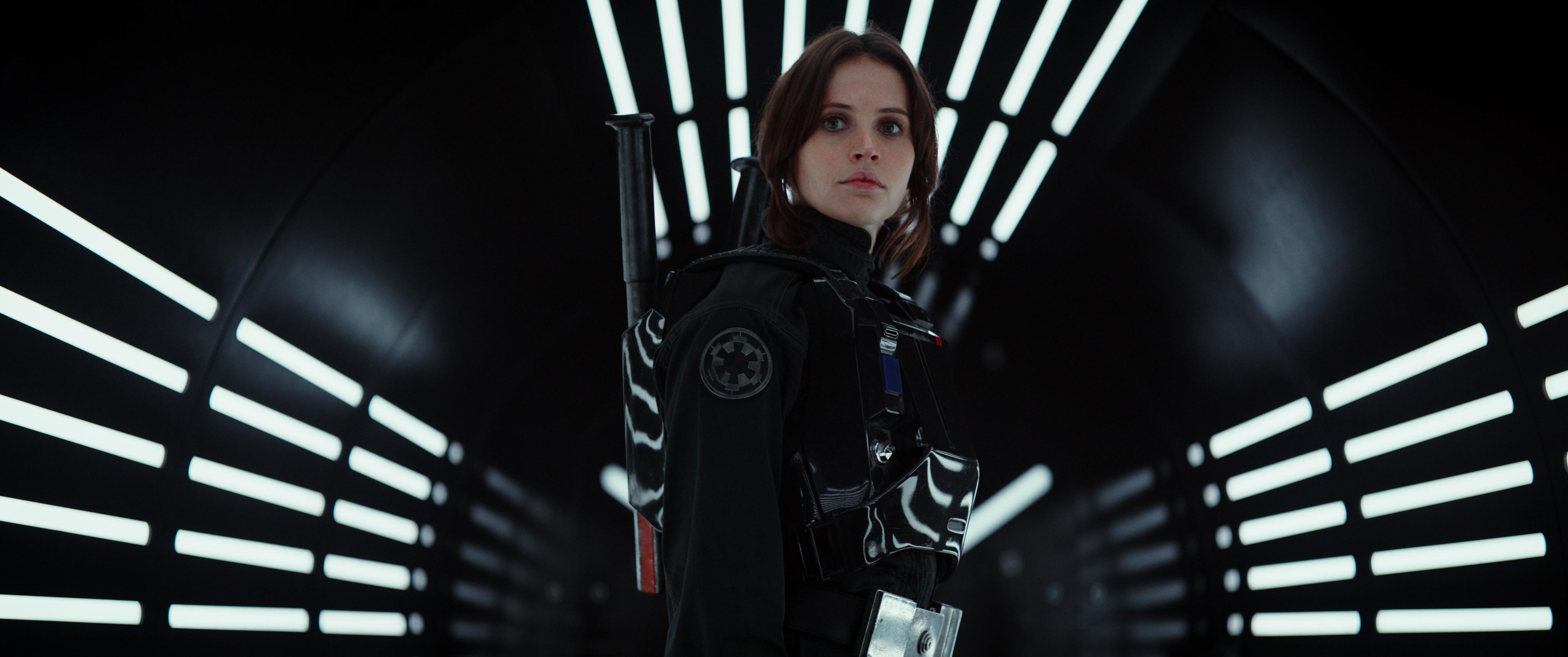 Rogue One: A Star Wars Story (Felicity Jones) Ph: Film Frame ©Lucasfilm LFL